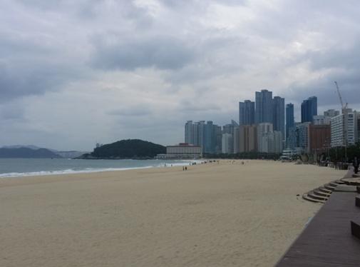 Haeundae Beach in Busan im Herbst