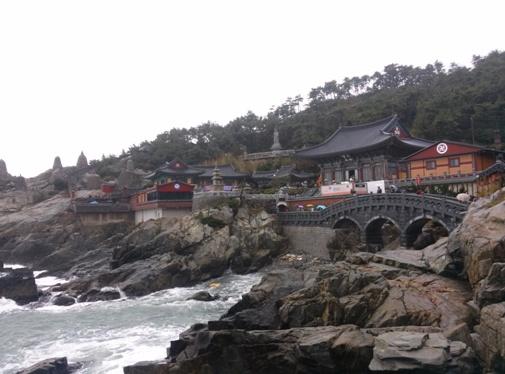 Yonggunsa Tempel - eine der Sehenswürdigkeiten in Busan